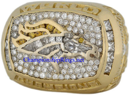 """Picture of 1997 Denver Broncos """"Super Bowl XXXII"""" Champions 14K Gold, with Diamonds, Player's Ring"""